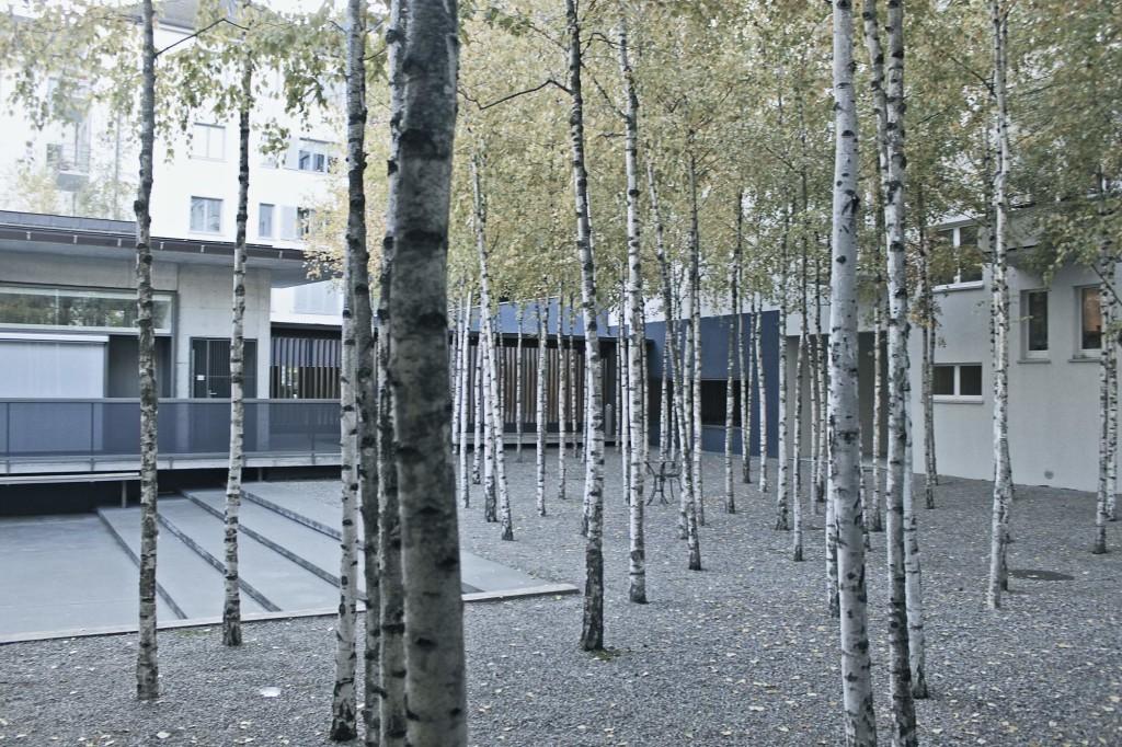 Greulich Hotel Courtyard Urbanidentity